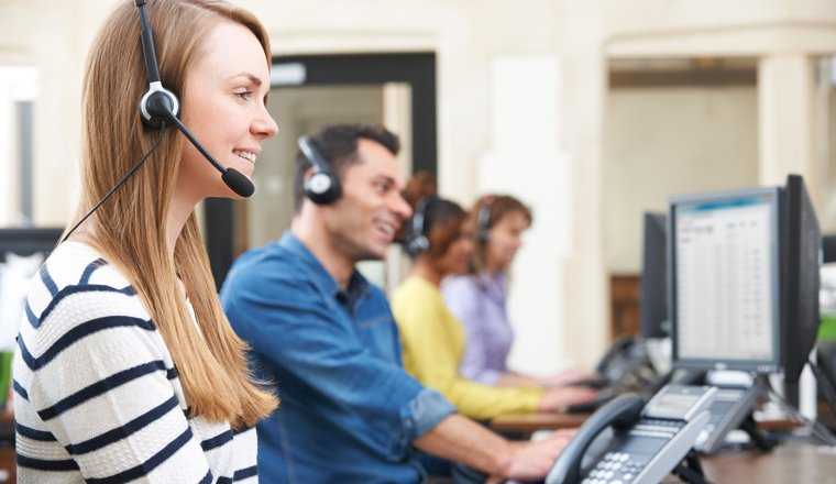 مرکز ارتباط با مشتریان